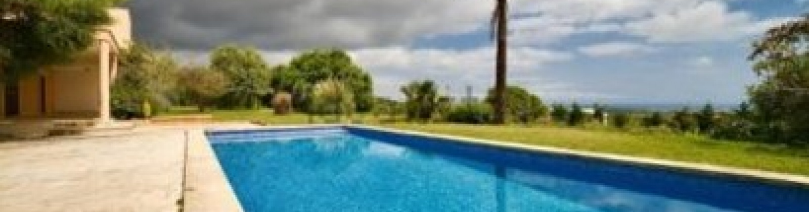 5 Bedrooms Bedrooms, ,4 BathroomsBathrooms,Villa,For Sale,1020